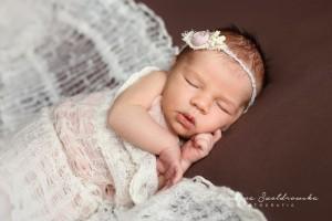 sesja noworodkowa kraków piękne zdjecia dzieci