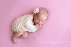 sesja noworodkowa dziewczynki kraków